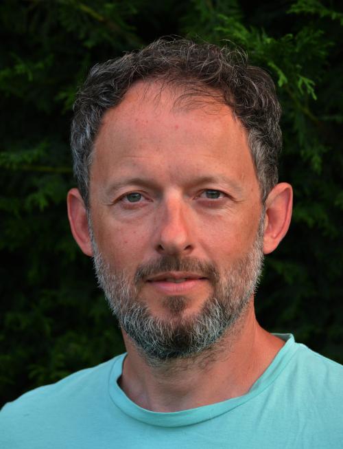 Frédéric Bouldoires thérapeute en Ostéofluidique, guérisseur, praticien en énergétique